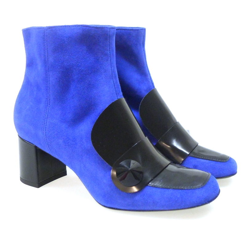 combinar-zapatos-con-color-royal-blue