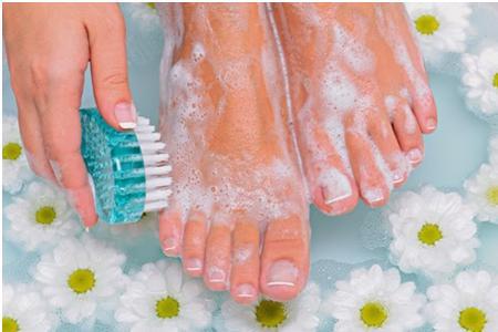 cuidar-nuestros-pies-en-verano